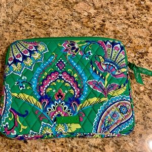 NWOT Tablet Sleeve ~Retired 2015~ Emerald Paisley